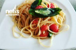 Spaghetti Aglio E Olio (Sarımsaklı Spaghetti) Tarifi