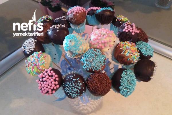 Doğum Günlerinizde Pratik Şık Sunumlar Cakepops Tarifi