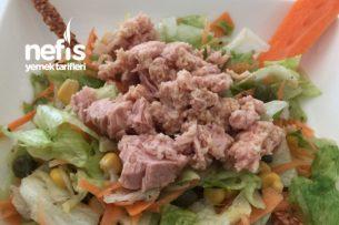 Hardal Soslu Ton Balıklı Salata Tarifi