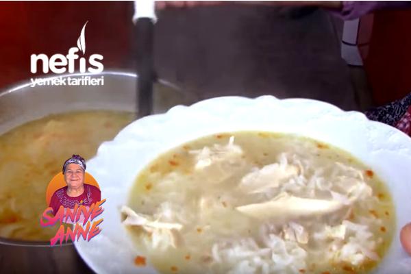 Pirinçli Tavuk Çorbası (videolu)