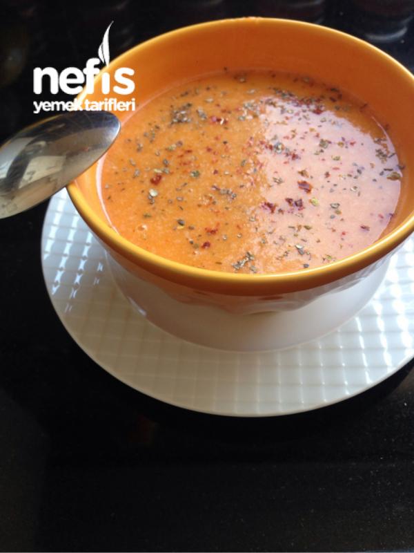 Terbiyeli Havuçlu Bulgur Çorbası