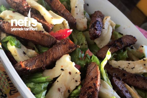 Biftekli Hellimli Salata Tarifi