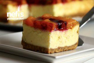 Tam kıvamlı Meyveli Cheesecake (videolu) Tarifi