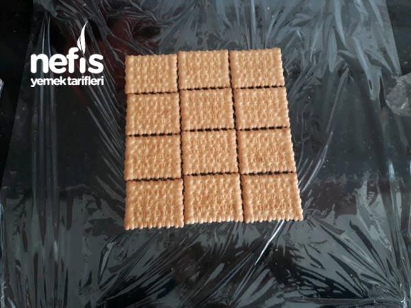 (4 Malzemeyle)muzlu Piramit Pasta