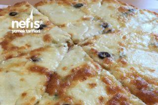 4 Peynirli Pizza ( 4 Fromages Pizza ) Tarifi