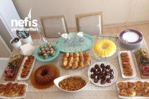 Komşularıma 5 Çayı Masası Tarifi