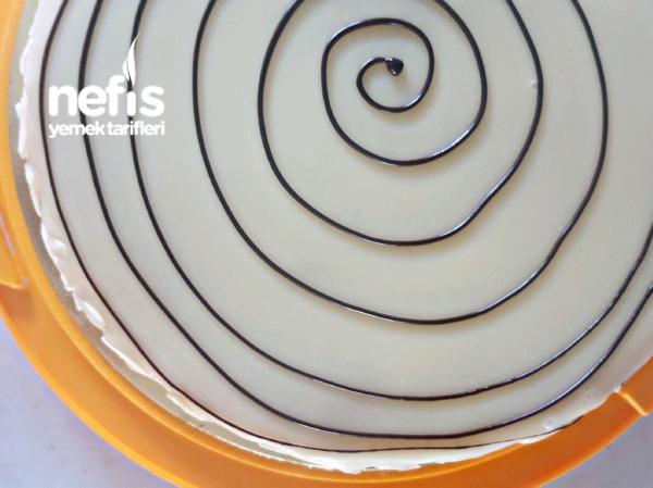 Esterhazy ( Sadece 3 Kaşık Un İçeren Macar Pastası)