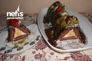 Muzlu Lorlu Kremşantili Biskivili Piramit Pasta Tarifi