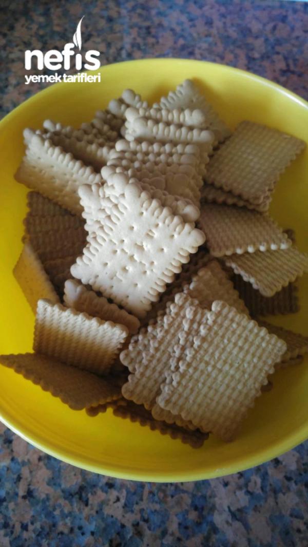 Pratik Mozaik Pasta  (az Malzemeli)
