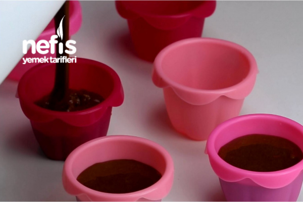 Çikolatalı Pamuk Cupcake (videolu)