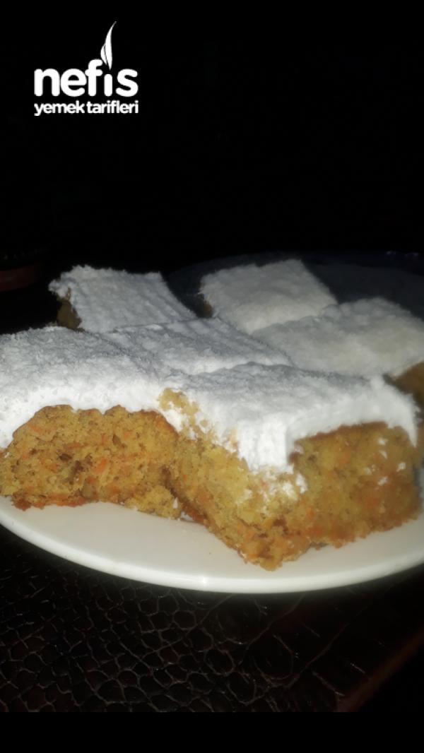 Havuçlu Nefis Kabarık Kekli Pasta