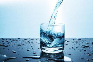 Japon Su Terapisi Güne Su İçerek Başlayın ve Farkı Hissedin Tarifi