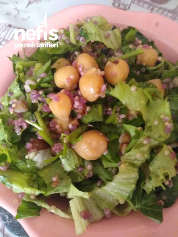 Kinoalı, Karabuğdaylı, Nohutlu Diyet Salata