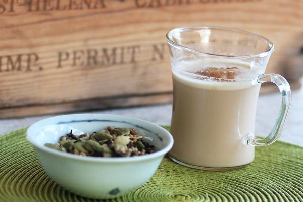 Hint Baharatlarının Zengin Aromasıyla Masala Çayı Tarifi