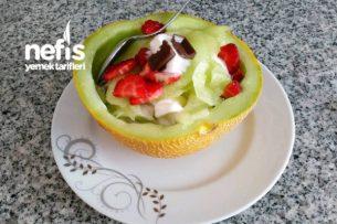Kavun İçinde Dondurmalı Meyve Tabağı Tarifi