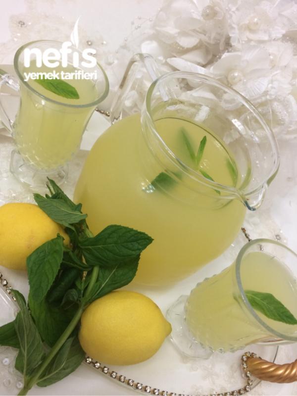 Sadece Limon İle Acısız Orjinal Limonata