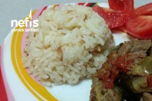 Püf Noktalarıyla Tereyağlı Pirinç Pilavı Tarifi