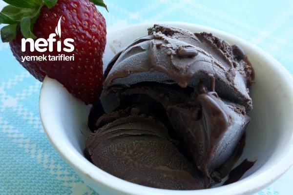Gerçek Çikolatalı Dondurma Tarifi
