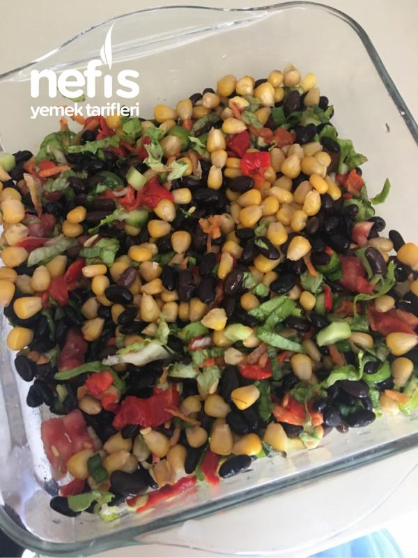 Siyah Fasülye Salatası