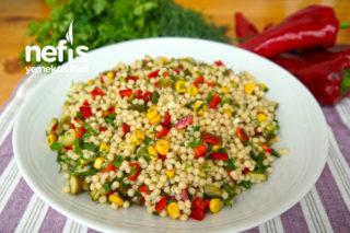 Yedikçe Yedirten Kuskus Salatası (videolu) Tarifi