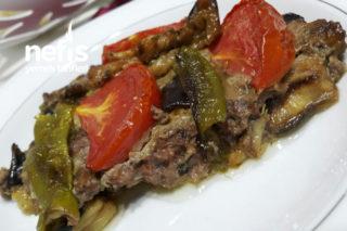 Fırında Enfes Patlıcan Yemeği (Kebap Tadında) Tarifi