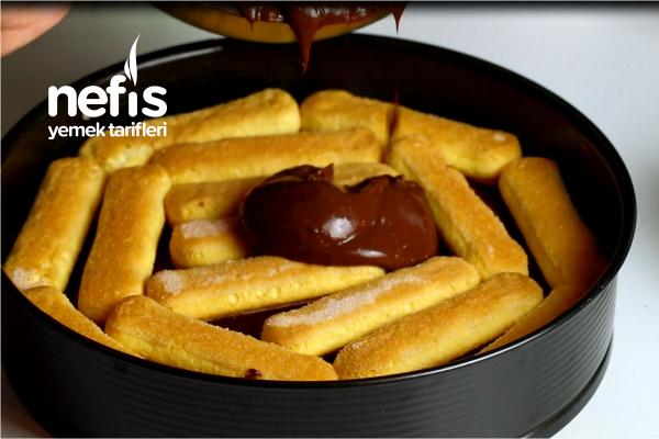 Çikolatalı Pamuk Pasta ()