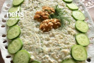 Salatalıklı Kabaklı Yaz Salatası Tarifi