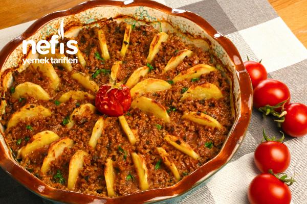 Fırında Kıymalı Patates Dizmesi – Çok Pratik Fırın Yemeği Tarifi