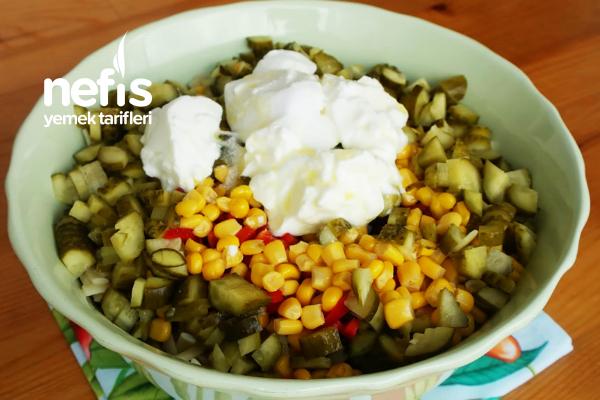 Erişte Salatası Yapımı