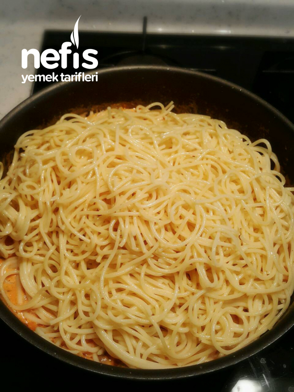 Mantarlı Kremalı Spagetti