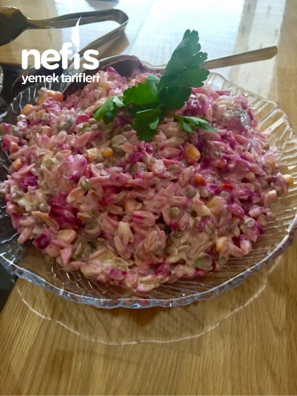 Serin Serin Arpa Şehriye Salatası