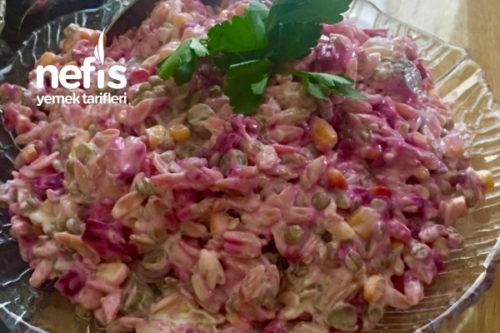 Serin Serin Arpa Şehriye Salatası Tarifi