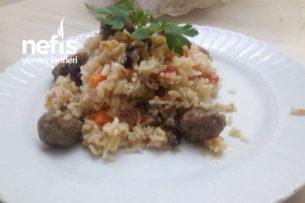 Patlıcanlı Köfteli Pilav Tarifi