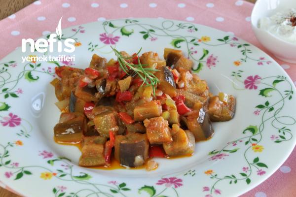 Zeytinyağlı Patlıcan Yemeği Yapımı