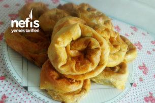 El Açması Tadında Ispanaklı Gül Böreği Tarifi