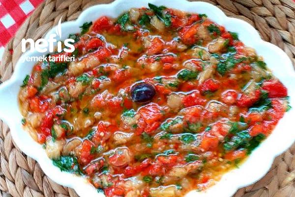 Ege Usulü Patlıcan Salatası (1 Gün Evvel Salatası) Tarifi