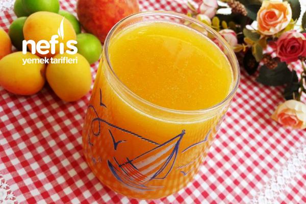 Nane Aromalı Karışık Meyve Suyu Tarifi