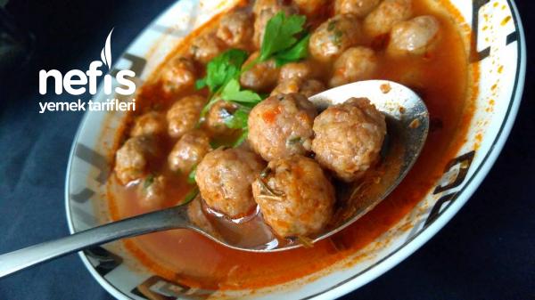 Sulu Köfte Çorbası