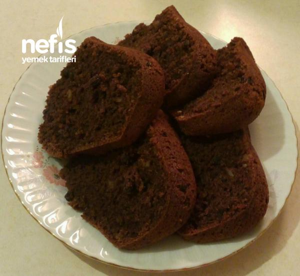 Kakaolu Cevizli Ve Kuş Üzümlü Kek