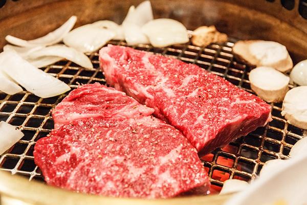 Kobe Eti Nedir? Fiyatı Neden Pahalı? Tarifi
