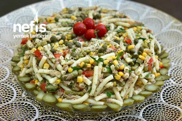 Ton Balıklı Makarna Salatası (Efsane Lezzet) Tarifi
