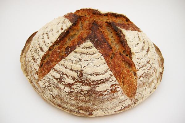 ekşi mayalı ekmek yapımı