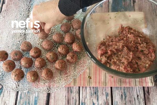 Güveçte Köfteli Sebze Kebabı (videolu)