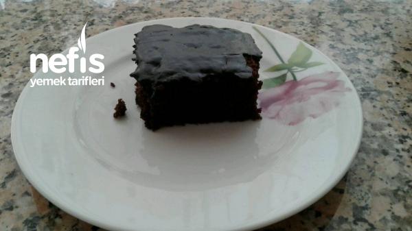 Nefis Çikolata Soslu Kek