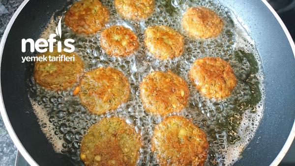 Falafel (Nohut Köftesi – Kıymalı)