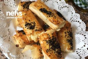 Baklava Yufkasından Pratik Peynirli Börek Tarifi