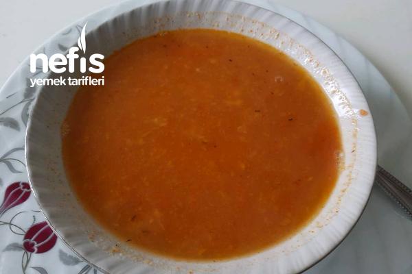 Besleyici Mercimek Çorbası Tarifi