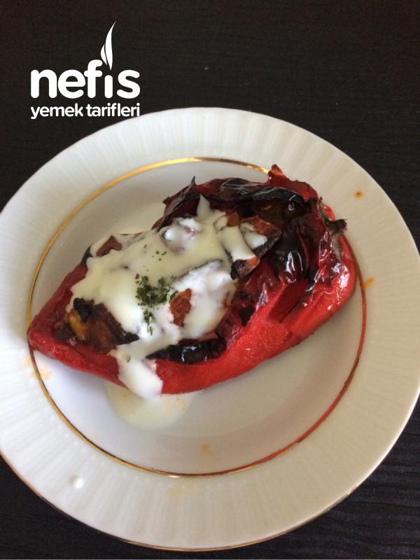 Fırında Kırmızı Biber (sebzeli)
