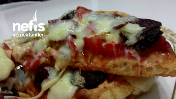 10 Dakikada Bazlama Pizza