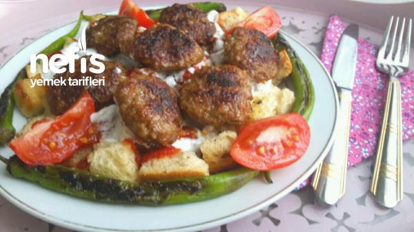 Kofteli Bayat Ekmek Kebabi (cok Leziz)
